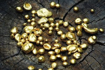 Fairtrade vs Recycled Gold by Julie Nicaisse Jewellery Designer in London