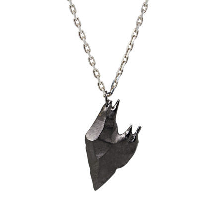 Black heart pendant product