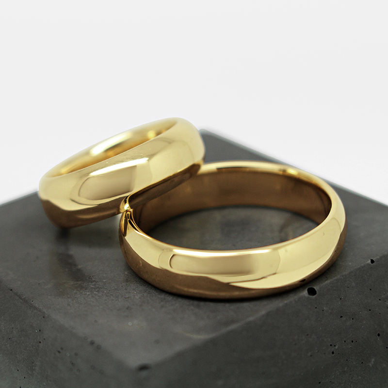 handcrafted heavy weight wedding rings by Julie Nicaisse Jewellery Designer in London
