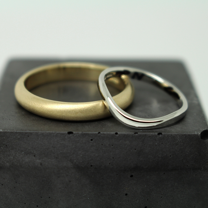 Ethical wedding rings in gold and platinum by Julie Nicaisse Jewellery Designer in London